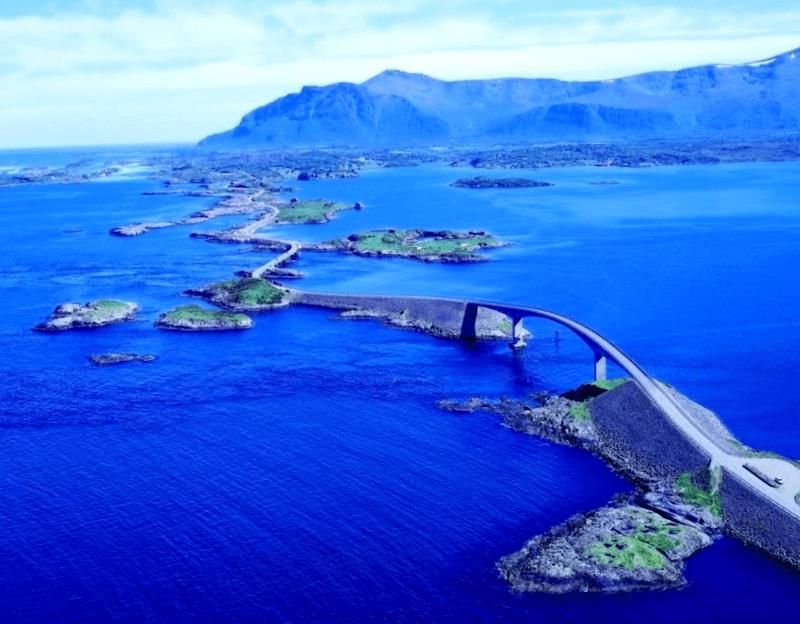 Conocer Noruega y maravillarse de Atanterhavsvergen