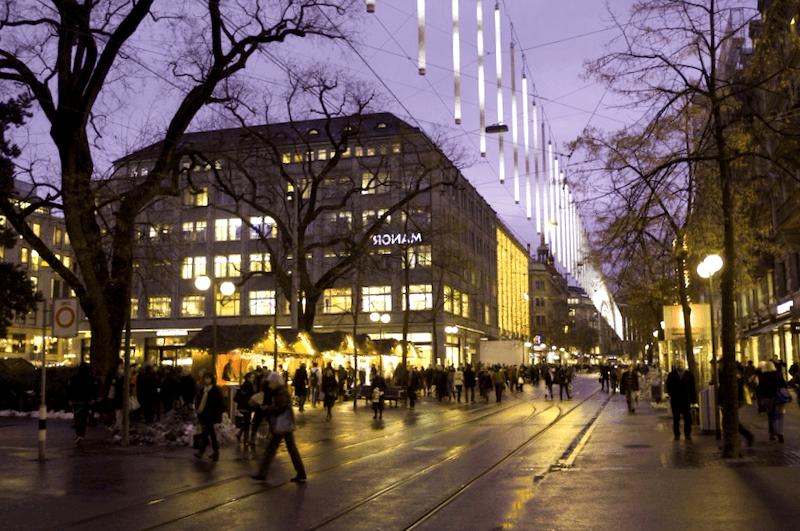 Ver Suiza y descubrir de Bahnhofstrasse