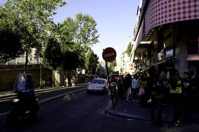 Visitar Francia y maravillarse de Boulevard de Rochechouart
