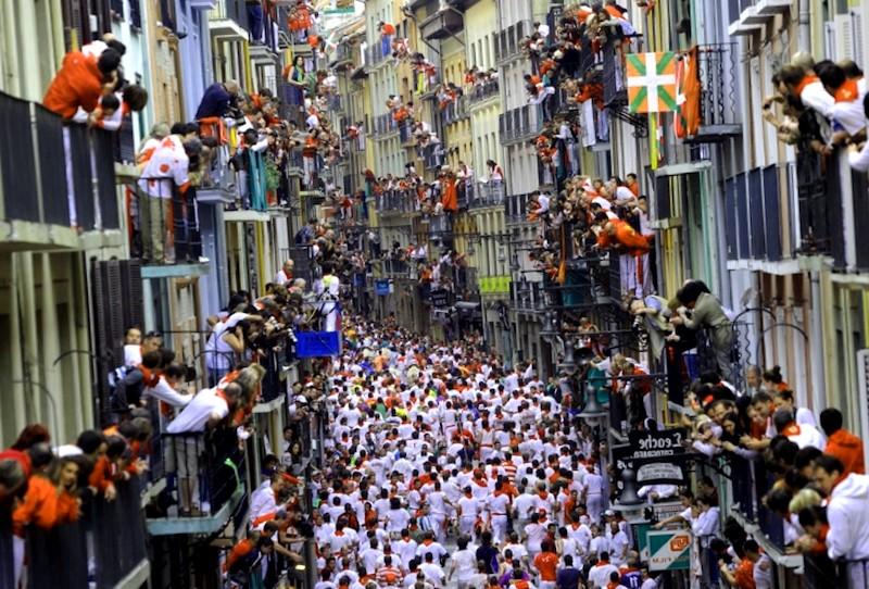 Conocer España y descubrir de Calle Estafeta