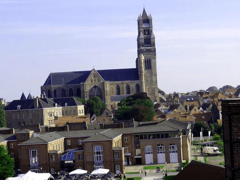 Conocer Catedral de Brujas
