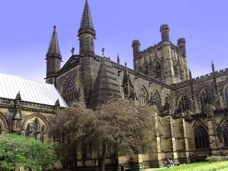 Visitar Inglaterra y maravillarse de Catedral de Chester