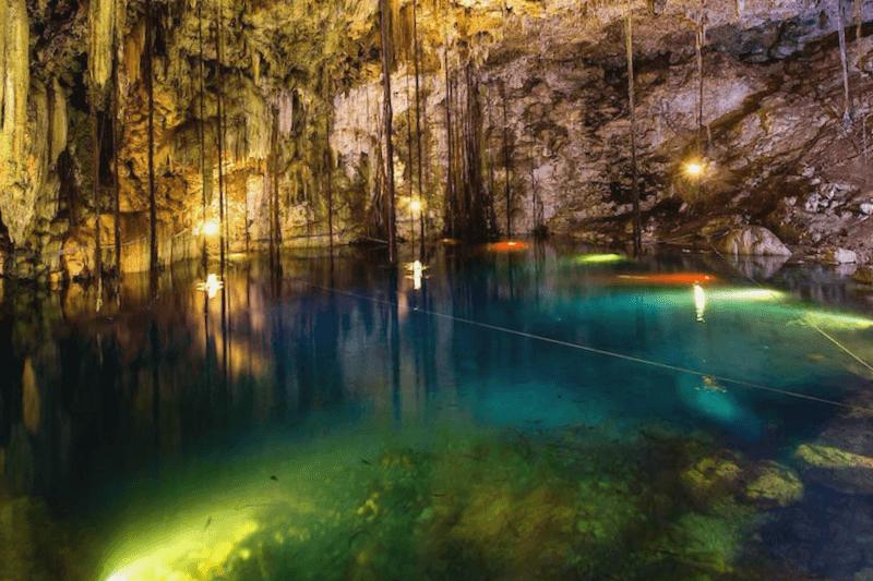 Que descubrir en Cenote Dzitnup