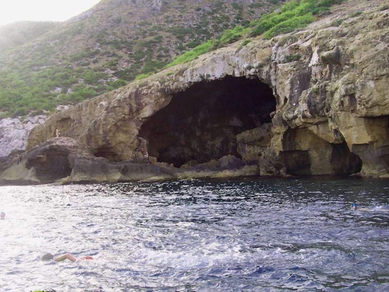 Visitar España y maravillarse de Cueva Tallada de Xabia