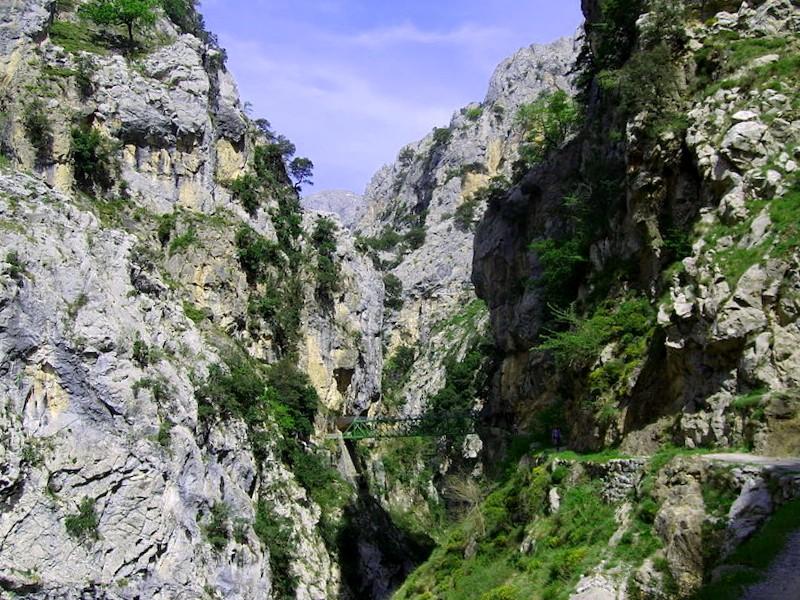 Conocer España y descubrir de Garganta del rio Cares