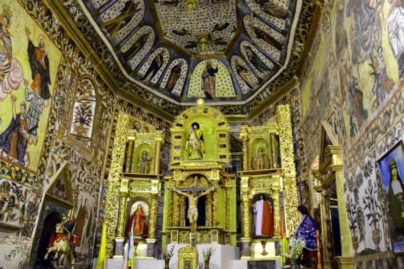 Iglesia Santiago de Curahuara de Carangas que ver