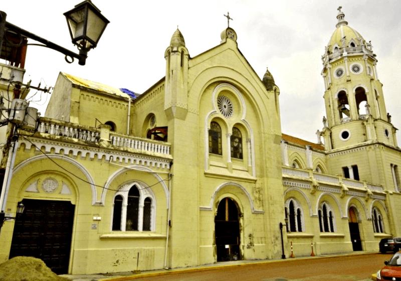 Visitar Iglesia de San Francisco de Assis
