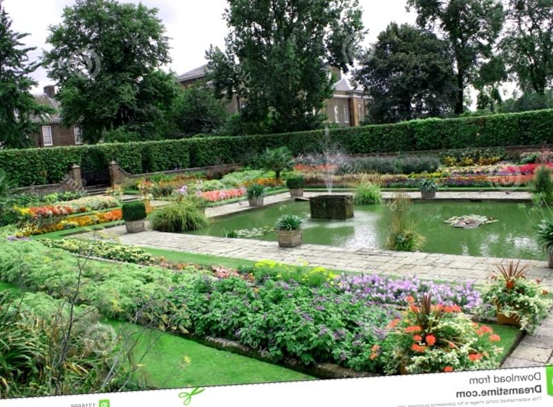 Conocer Inglaterra y maravillarse de Jardines del palacio de Kensington