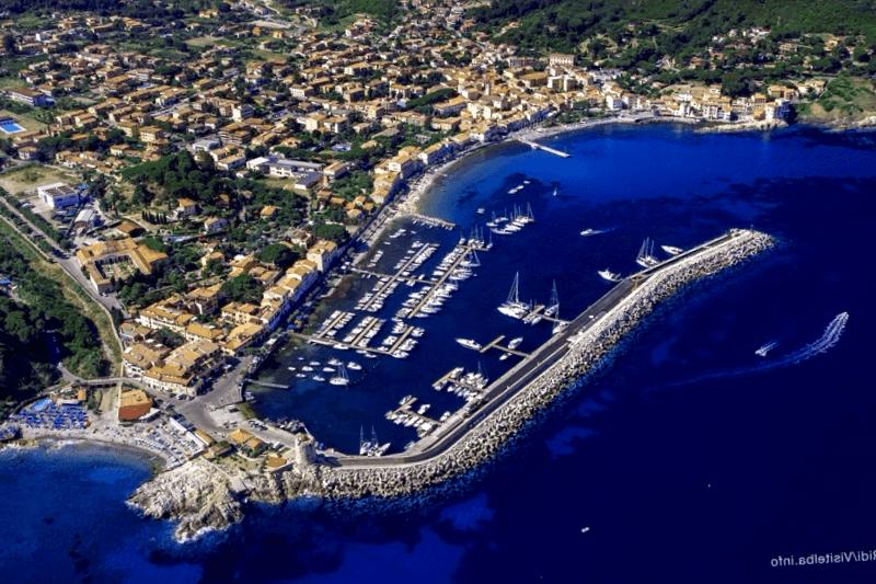 Conocer Italia y descubrir de Marciana Marina