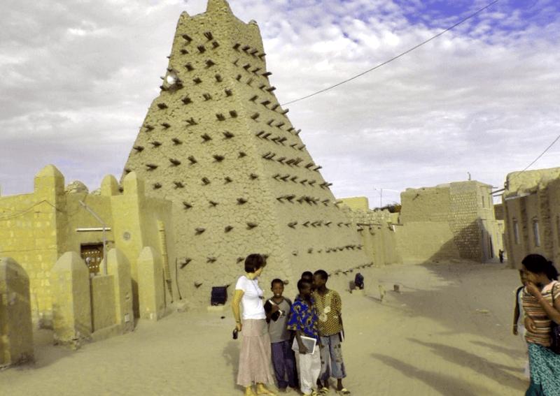 Ver Republica de mali y maravillarse de Mezquita de Djngareyber