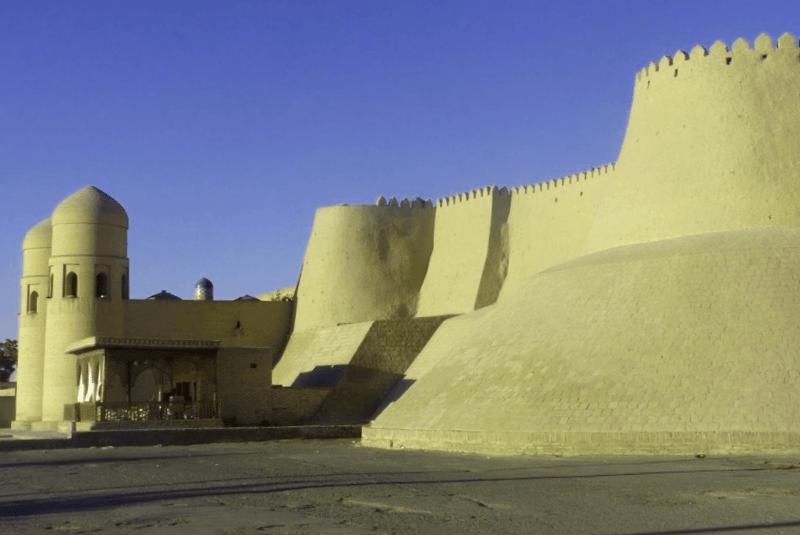 Visitar Uzbekistan y maravillarse de Murallas de Itchan Kala