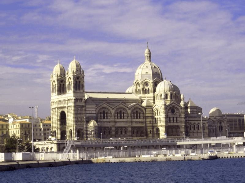 Ver Francia y maravillarse de Notre Dame de la Major