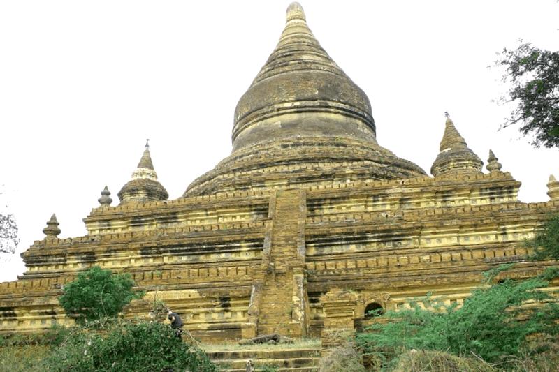 Pagoda Mingalazedi que ver