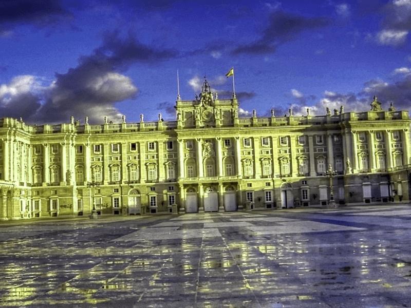 Visitar Belgica y descubrir de Palacio Real