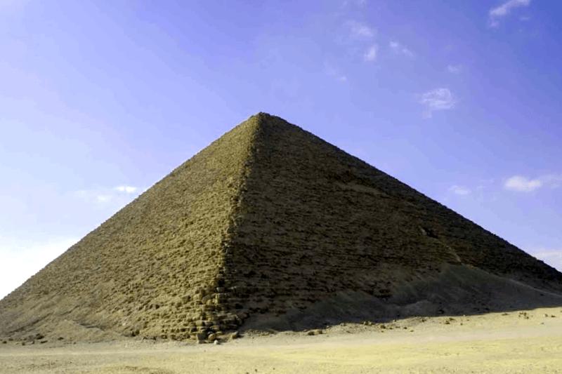 Visitar Egipto y maravillarse de Piramide Roja