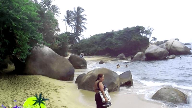 Conocer Colombia y descubrir de Playa Piscinita