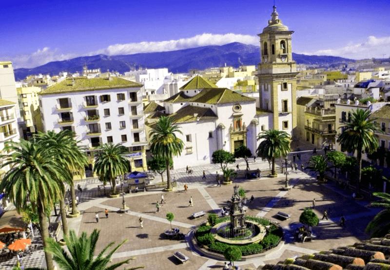 Visitar España y descubrir de Plaza Alta de Algeciras