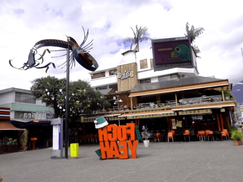 Ver Ecuador y maravillarse de Plaza Foch