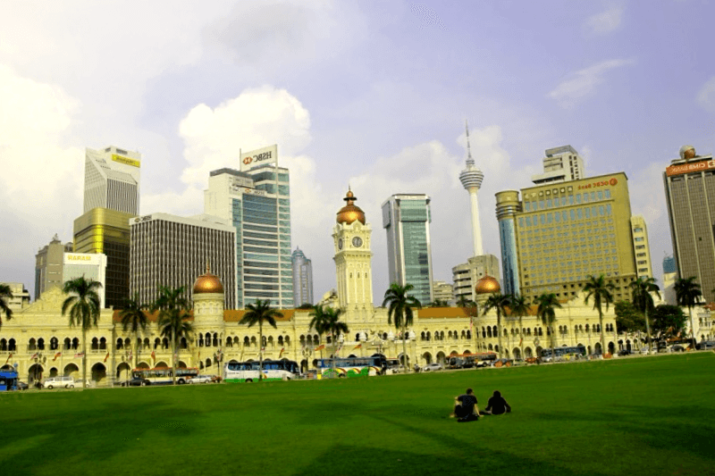 Visitar Plaza Merdeka