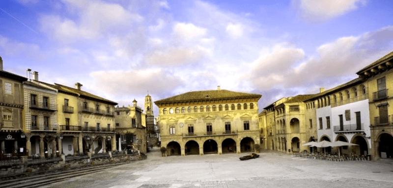 Visitar España y descubrir de Poble Espanyol