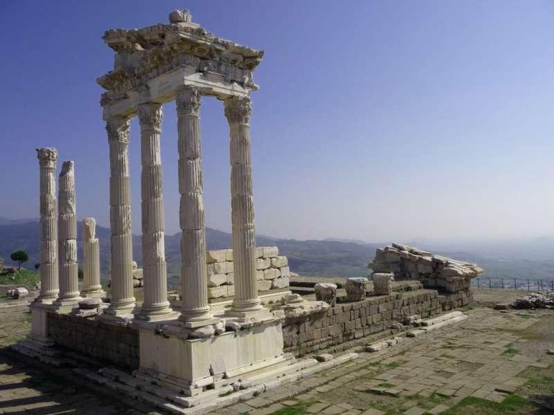 Templo de Trajano que debemos ver
