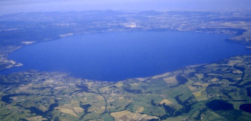 Vista del Lago di Bracciano que debemos ver
