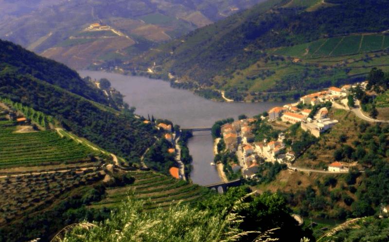Visitar Portugal y maravillarse de Alto Douro