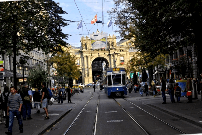 Que visitar en Bahnhofstrasse