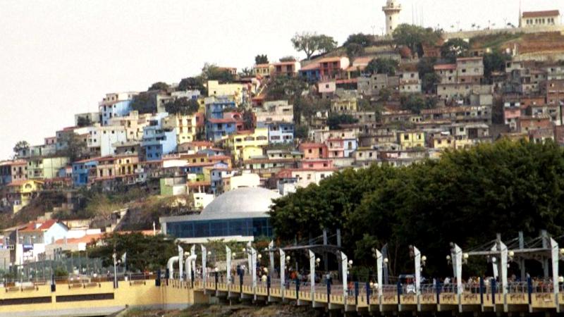 Barrio Las Penas y cerro Santa Ana que descubrir