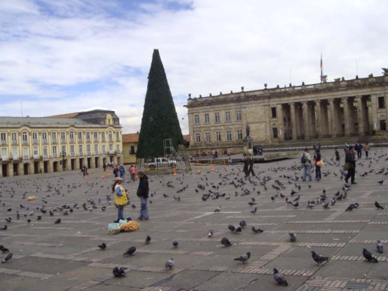 Ver Colombia y maravillarse de Capitolio Nacional