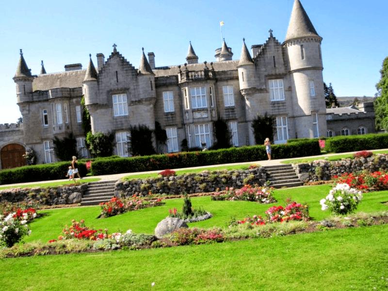 Conocer Escocia y maravillarse de Castillo de Balmoral