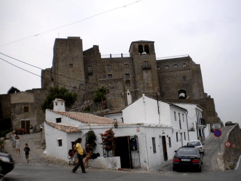 Conocer España y maravillarse de Castillo de Castellar Viejo