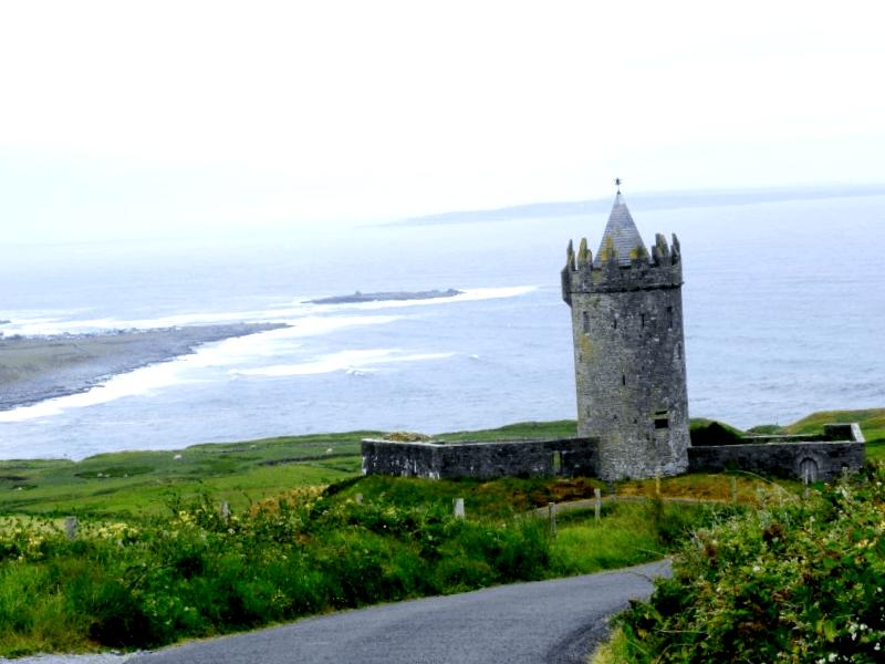 Ver Irlanda y descubrir de Castillo de Donnagore