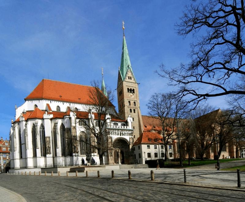 Visitar Alemania y descubrir de Catedral de Ausburgo