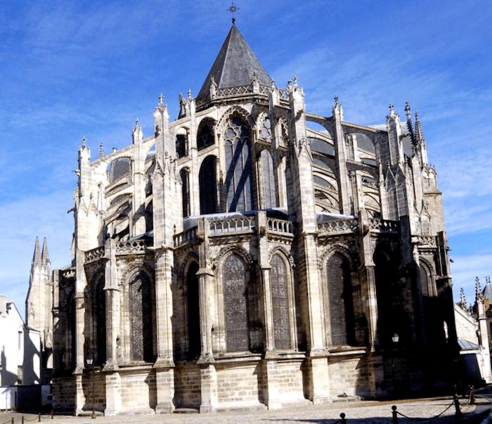 Catedral de Saint-Gatien que ver