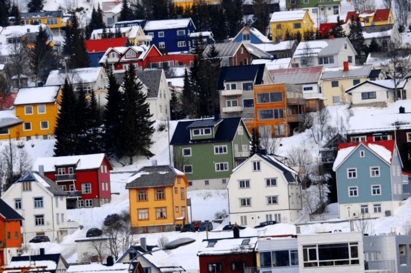 Visitar Noruega y maravillarse de Ciudad de Tromso
