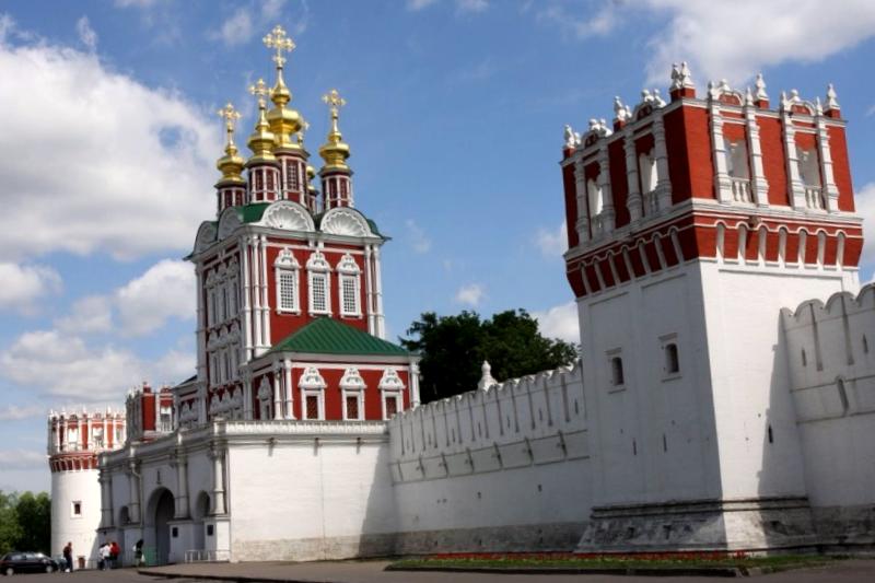 Visitar Rusia y maravillarse de Convento de Novodevichy