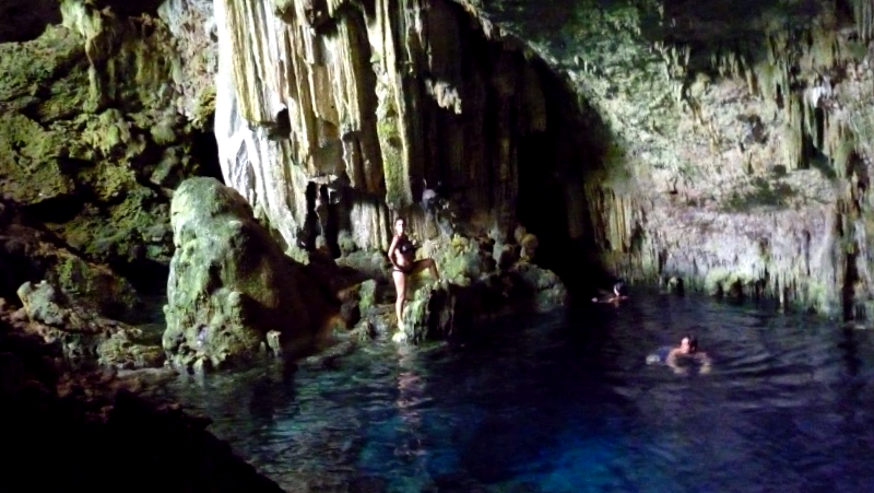 Visitar Cuba y maravillarse de Cueva de Saturno