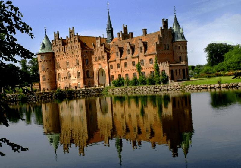 Visitar Dinamarca y maravillarse de Egeskov Slot