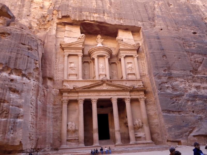 Conocer Amman y maravillarse de El Tesoro del Faraon