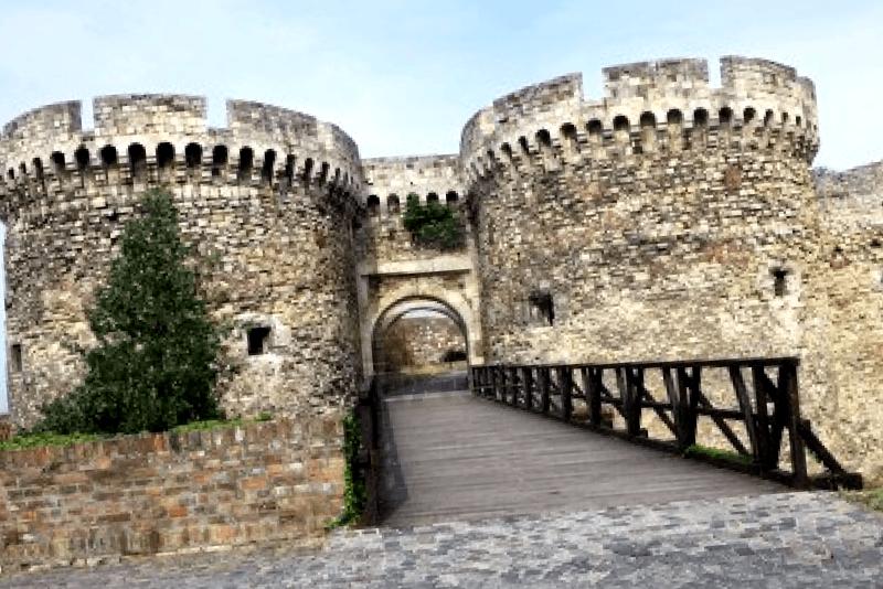 Fortaleza de Kalemegdan que ver