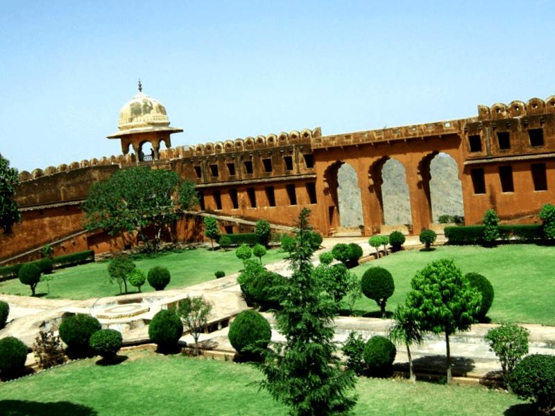 Visitar India y maravillarse de Fuerte Jaigargh