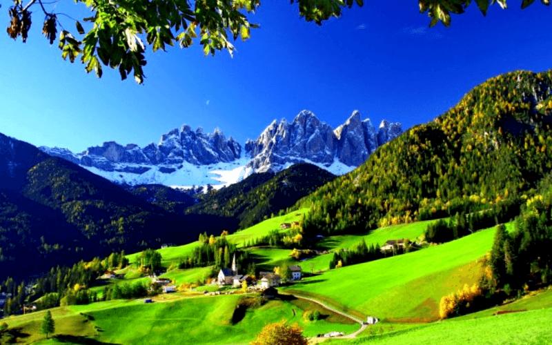 Conocer Italia y descubrir de Funes