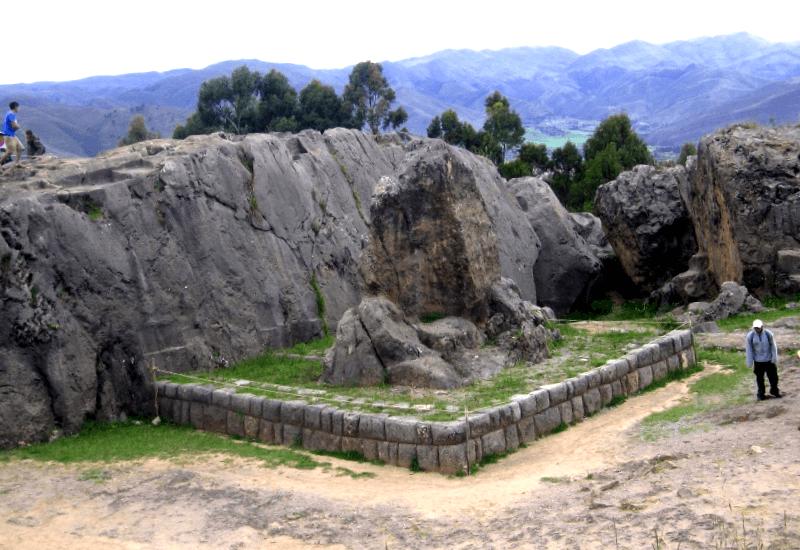 Conocer Peru y maravillarse de Huaca de la Luna