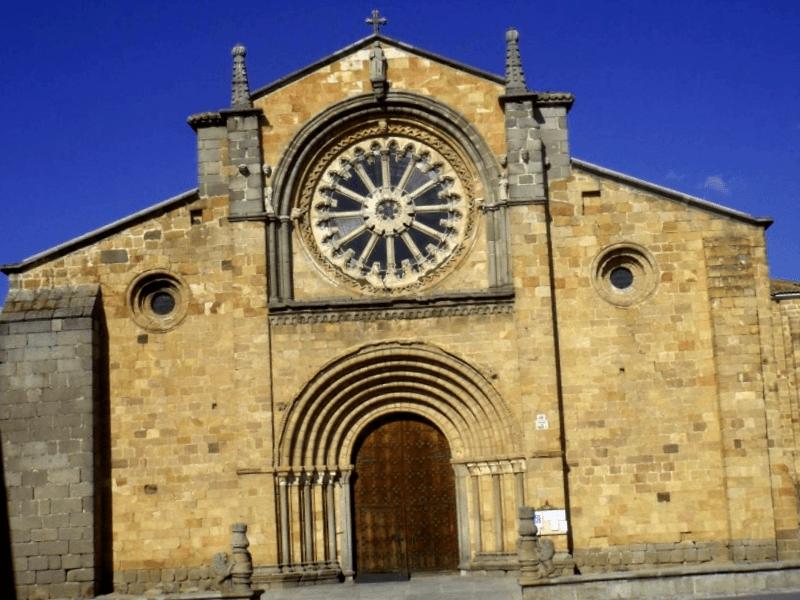 Que visitar en Iglesia de San Miguel