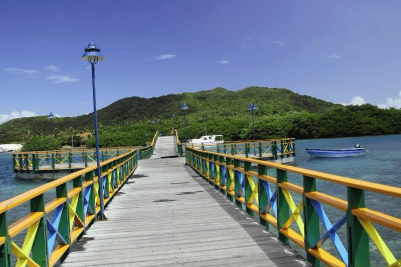 Conocer Colombia y descubrir de Lovers bridge