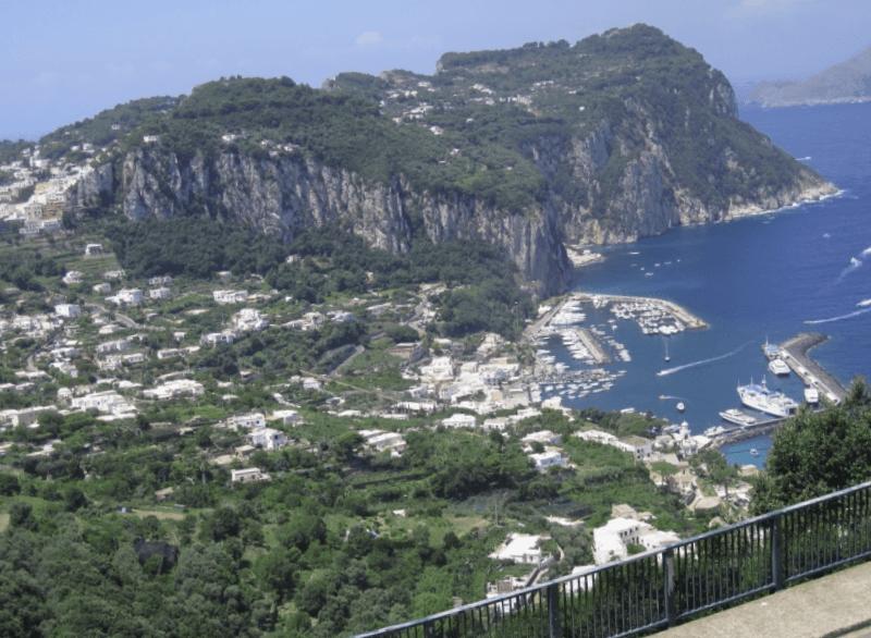 Ver Italia y maravillarse de Marina Grande de Capri