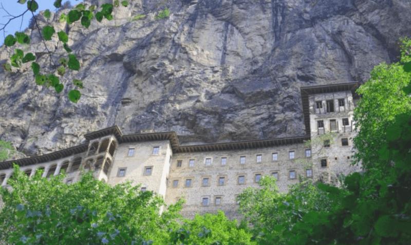 Monasterio de Sumala que ver