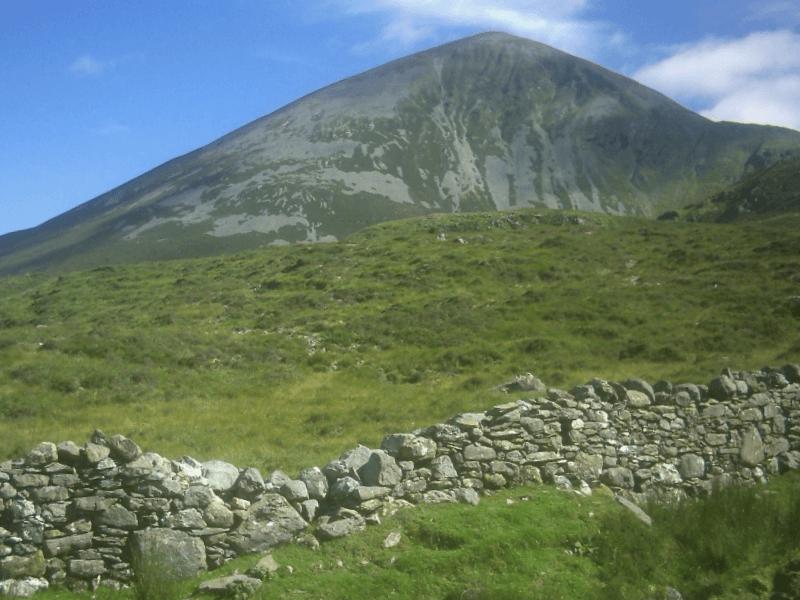 Visitar Irlanda y descubrir de Monte Croagh Patrick
