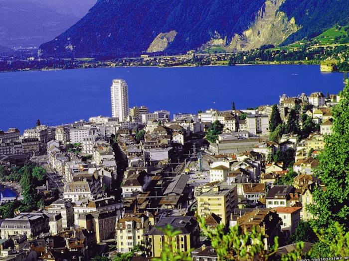Visitar Suiza y maravillarse de Montreux